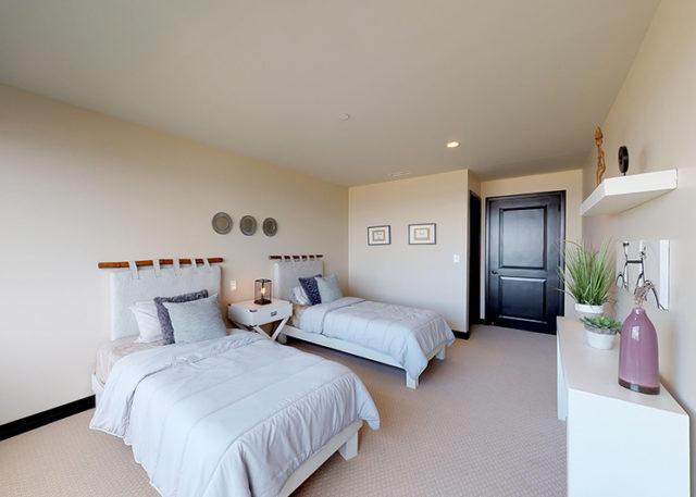 Unit 103 2 Bedroom - Guest